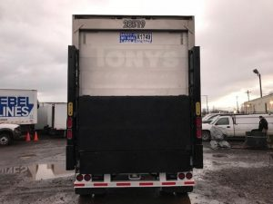 2005 UTILITY 28' REEFER LIFTGATE TRAILER 4088102583-150x150