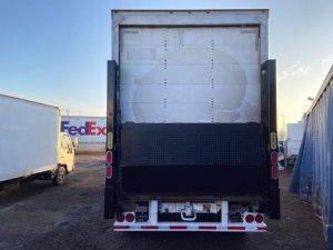 2007 UTILITY 28' ROLL DOOR LIFTGATE 5203257601