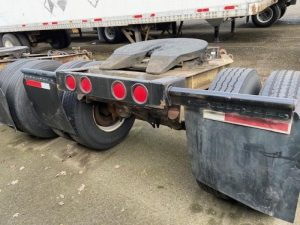 "1984 FRUEHAUF 96"" WIDE DOLLY 5242394041"