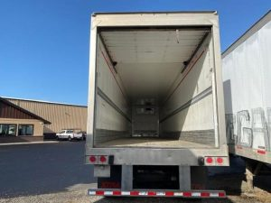 2010 HYUNDAI 48' ROLL DOOR REEFER 6136185761