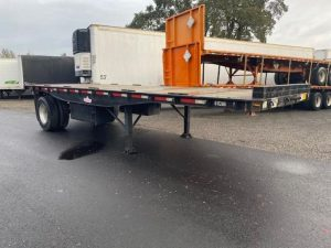 2009 UTILITY 26' OUTSIDE FRAME FLATBED WITH PRINCETON KIT(3 AVA 6152712407